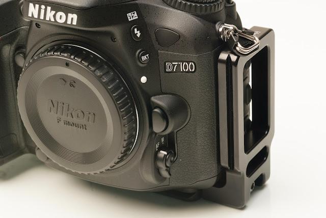 Hejnar PHOTO ND7100 Dedicated L bracket on Nikon D7100 DSLR