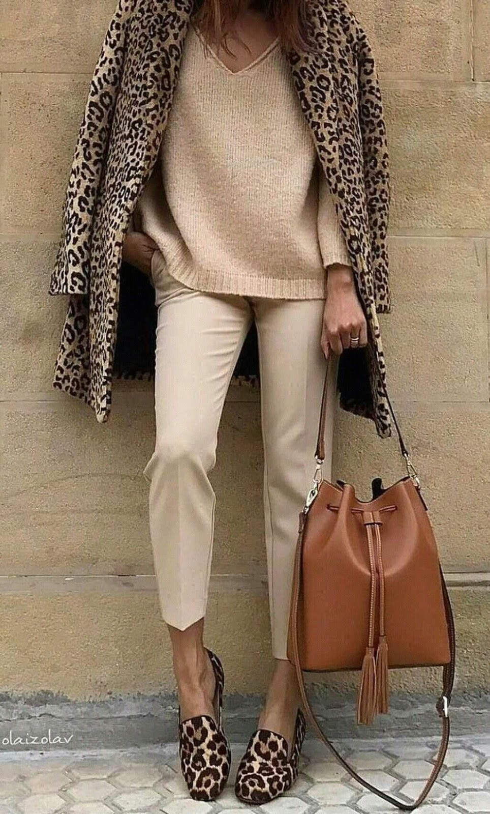 leopard inspiration | coat + flats + blush sweater + brown bag + nude pants
