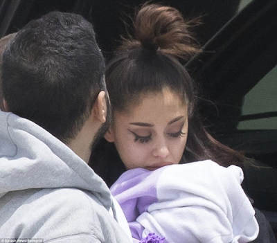 2ABC - Photos: Ariana Grande seen for the first time in Florida after Manchester bomb attack