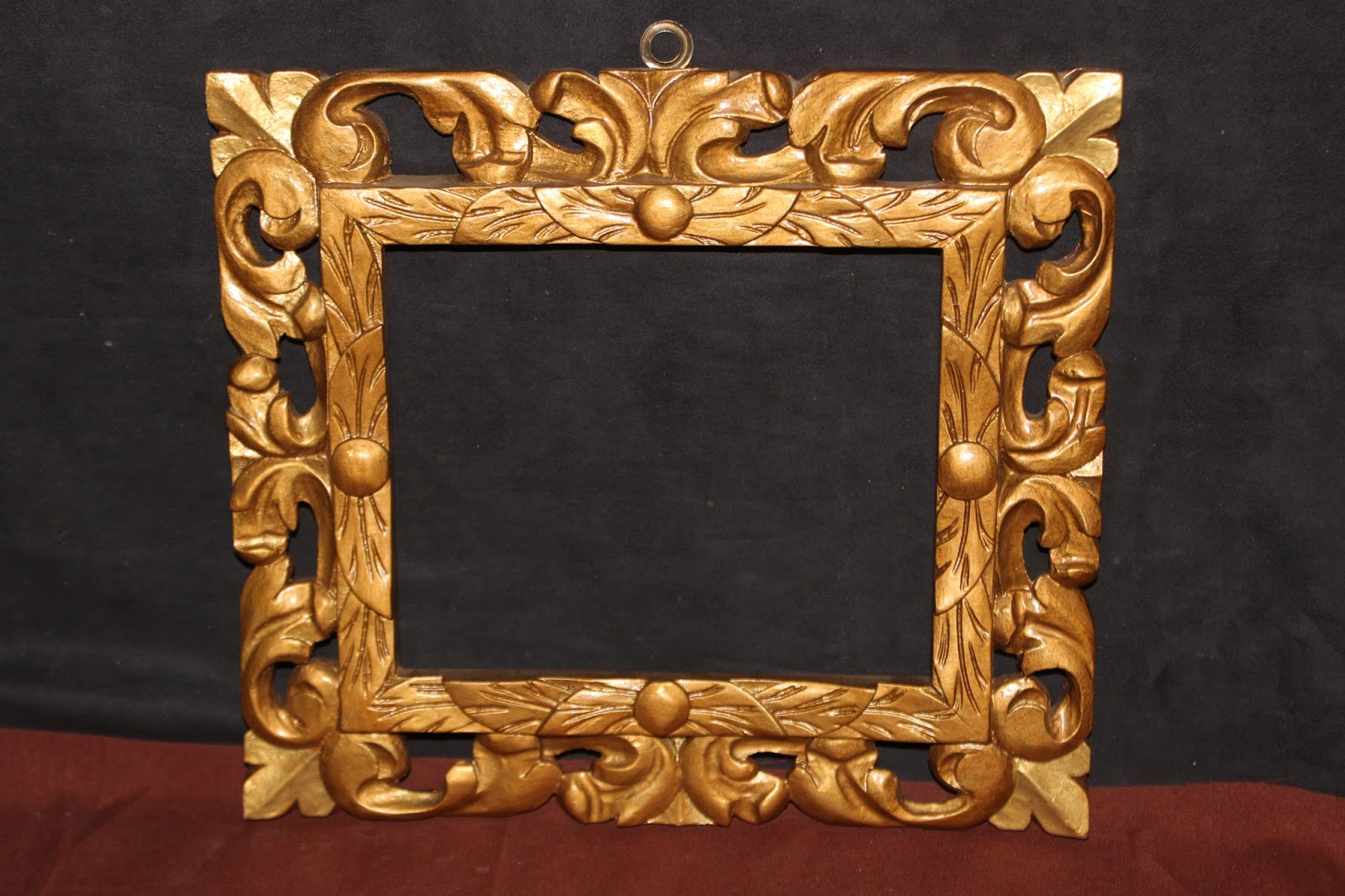 Bella cornice legno scolpita e traforata a mano metÀ 900 stile