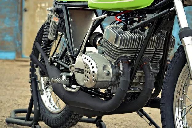 Kawasaki S1 độ Flat Tracker
