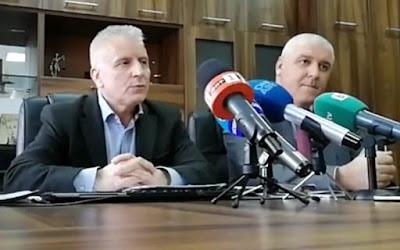 c430065bcdf Съвместният брифинг на окръжния прокурор Валентин Вълков (вляво) и  директора на ГДБОП главен комисар Ивайло Спиридонов, Ловеч, 31 януари 2019  г.