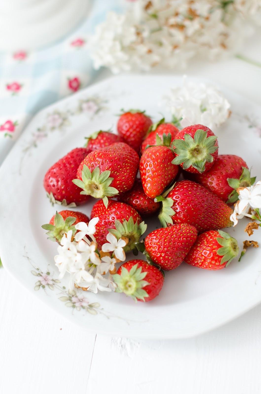 Entremets façon charlotte aux fraises (moule magia del tempo)