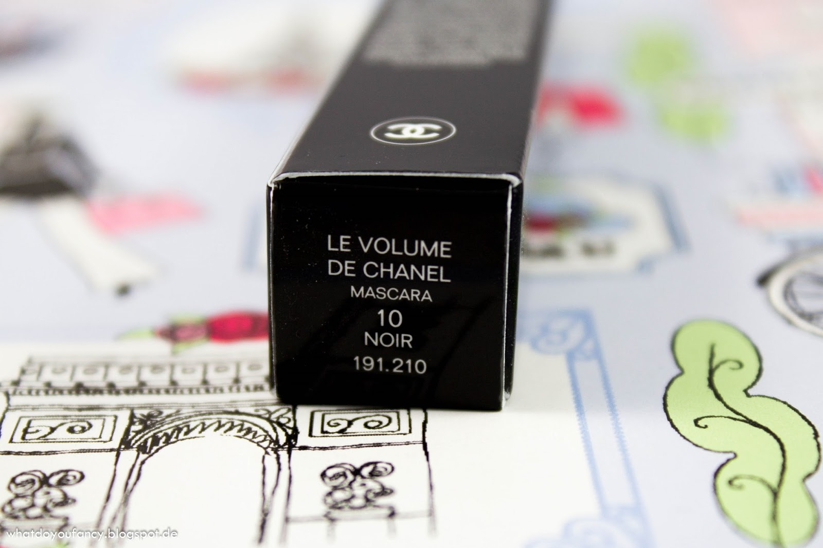 [My Look-Your Look Teil 4 - Meine Nr. 1 Mascara] - Chanel Le Volume