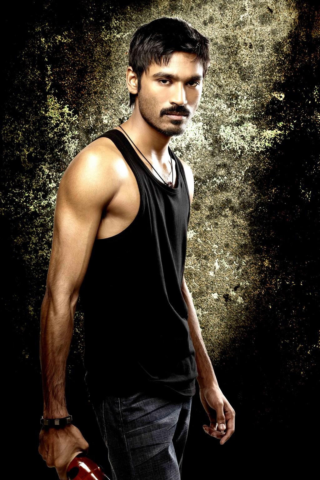 DIGITAL TAMIL ENTERTAINMENT: Dhanush's 3 Tamil Movie HD Wallpapers