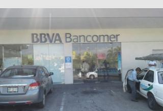 """Asaltan """"Bancomer"""" en Plaza Once de la ciudad de Córdoba veracruz"""