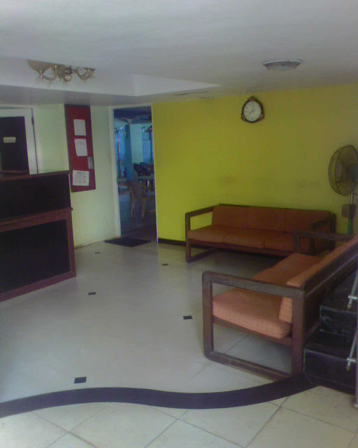 ресепшен в отеле Мирамар