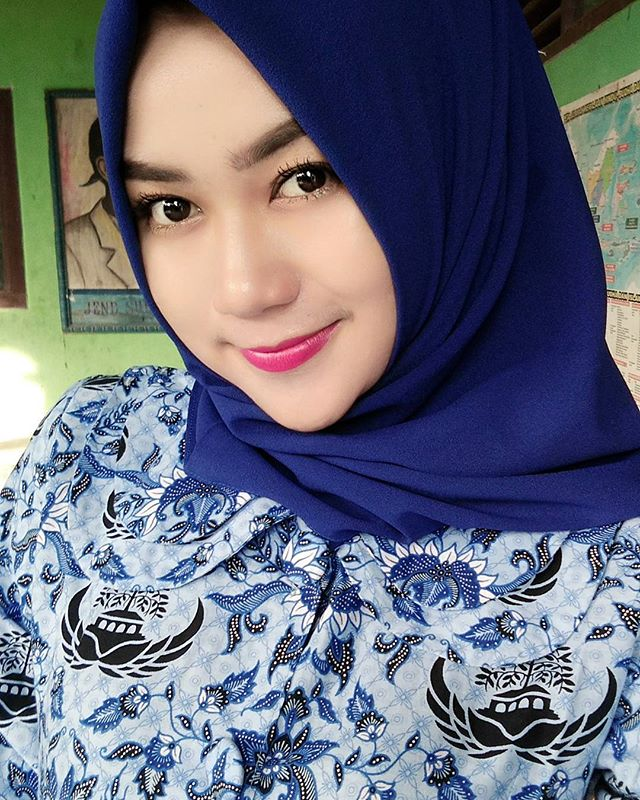 Image result for cantik\