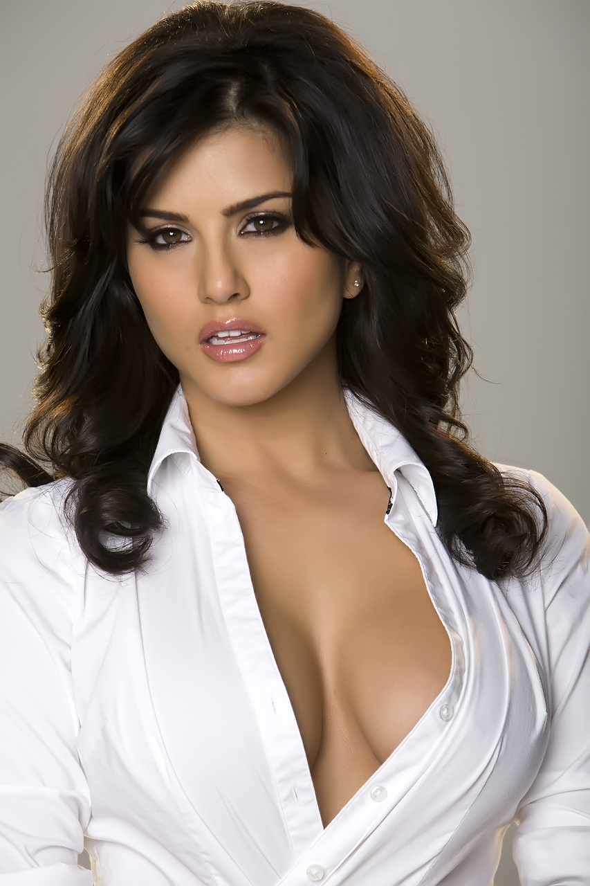 Sunny Leone Hot In White Shirt Tight - Hd Group Sex-9789