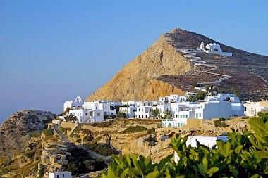 Christmas Wedding Trip to Folegandros in Greece