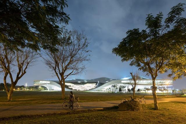 arquitectura-creativa-taiwan-inaugura-el-centro-de-artes-escenicas-mas-grande-del-mundo