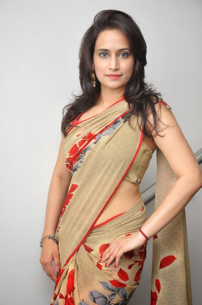 Scandals: Chinmayi Ghatrazu Latest Sexy In Saree Stills