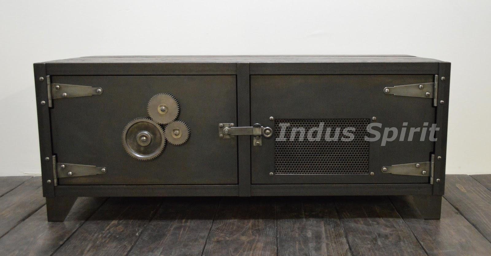 meuble tv design industriel. Black Bedroom Furniture Sets. Home Design Ideas