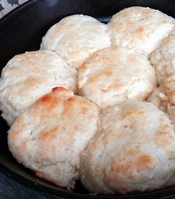 Easy Homemade Buttermilk Biscuits Recipe. It's Buttery and Super Tasty!