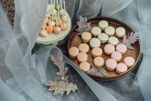 Pastelowe słodycze na weselu