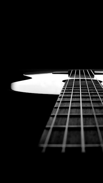 guitar black background iPhone 5 wallpaper-coolwallpaperforiphone_com