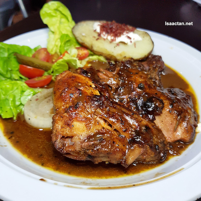 Black Pepper Chicken, slow cooked for 12 hours - RM16