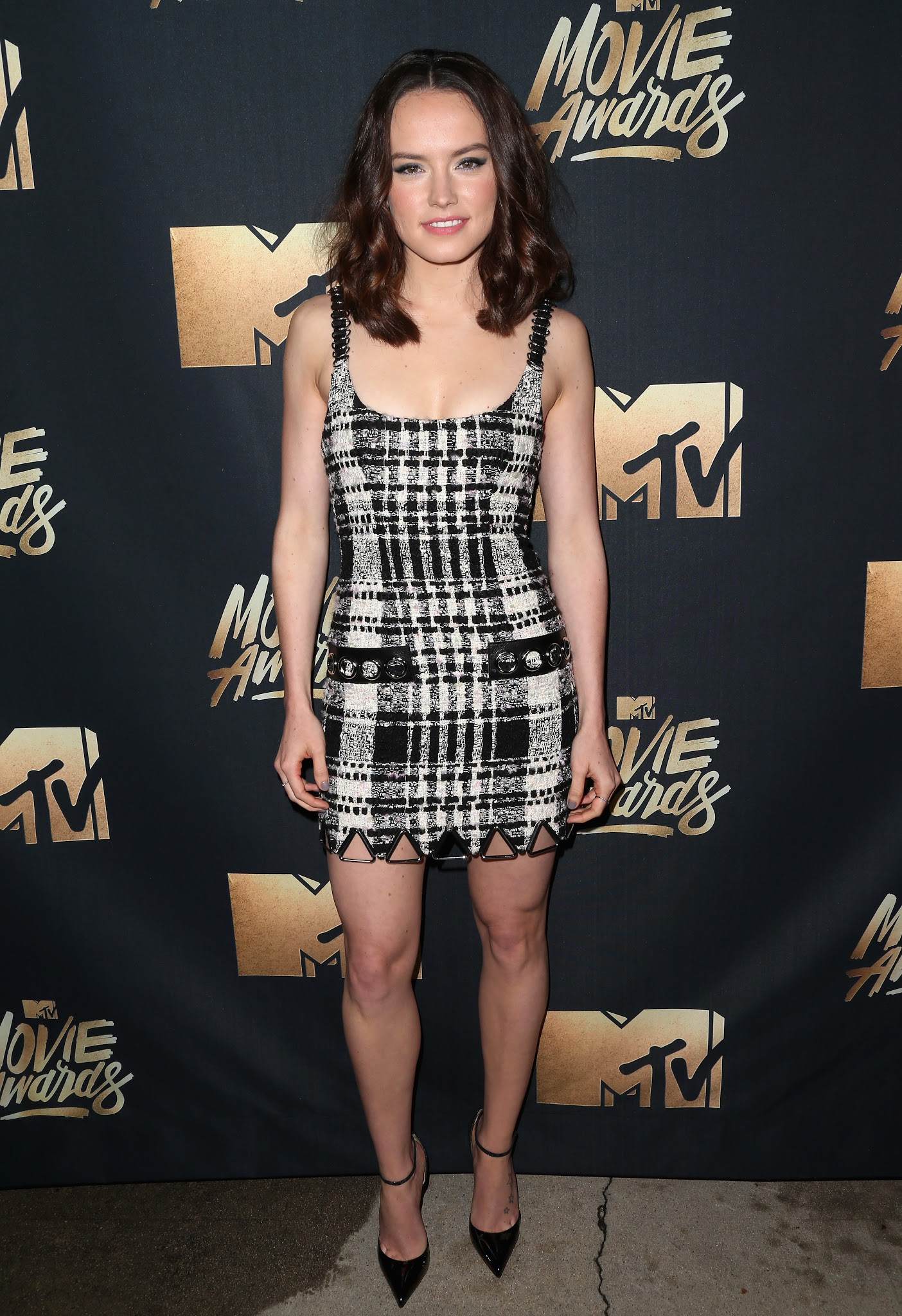 Cleavage Daisy Ridley nudes (24 photo), Sexy, Sideboobs, Feet, cleavage 2018