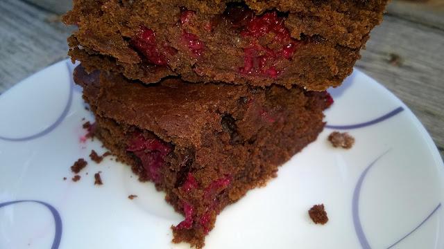 Brownie au chocolat et aux framboises