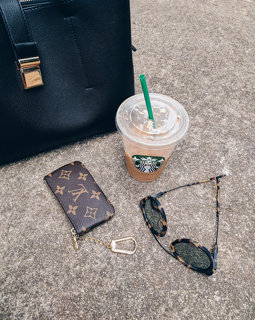 louis vuitton monogram key pouch, starbucks, fashion style