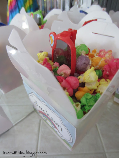 rainbow popcorn, party favours, rainbow party favours, take home boxes