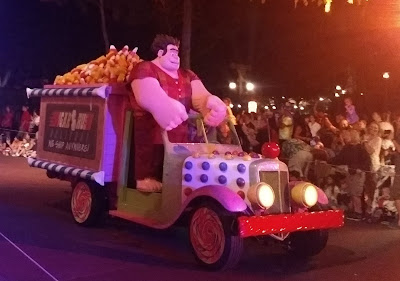 Wreck it Ralph float