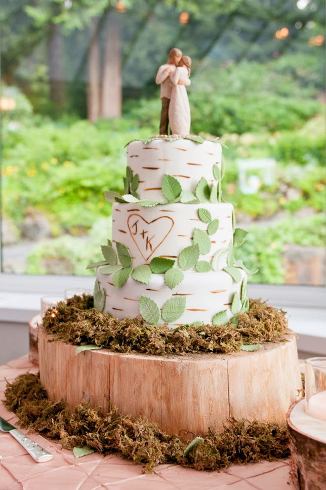 Wedding Cake Rustic Vintage