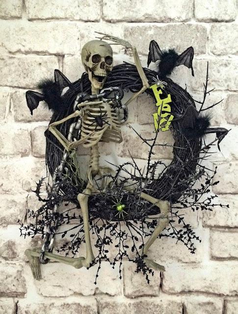 фото, венки, фотографии, фотоидеи венков, страшные венки на дверь, ужасы, реальность, Хэллоуин, декор на Хэллоуин, декор на дверь, украшение дома на Хэллоуин, праздничный декор на Хэллоуин, 31 октября, Хэллоуин, украгения интерьера на Хэллоуин, вечеринка на Хэллоуин, Хэллоуин для детей, Хэллоуин для взрослых, иукоделие на Хэллоуин, Halloween, All Hallows' Eve, All Saints' Eve, «Потусторонние» венки для интерьера на Хэллоуин и не только!, декор интерьера на хэллоуин - венки http://prazdnichnymir.ru/