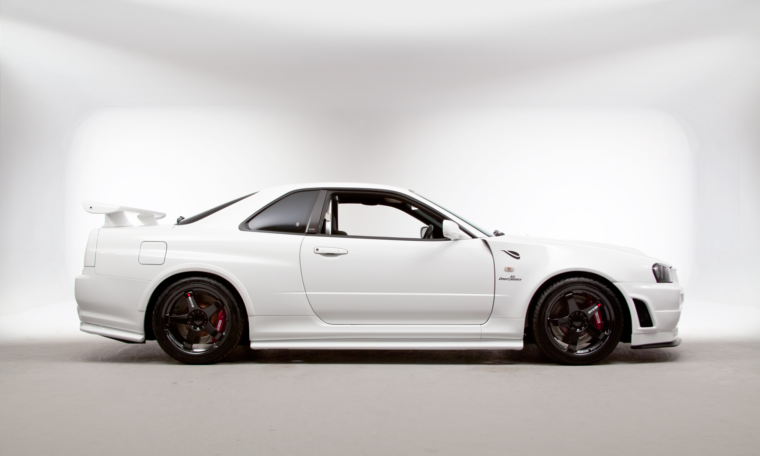 nissan r34 gt r v spec ii n r r tune is a jdm special carscoops. Black Bedroom Furniture Sets. Home Design Ideas