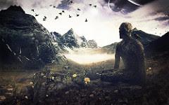Άντρας-προσεύχεται-σε-βουνό.