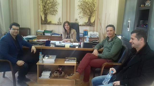 Συνάντηση Μάριου Κάτση με τη Δήμαρχο Σουλίου