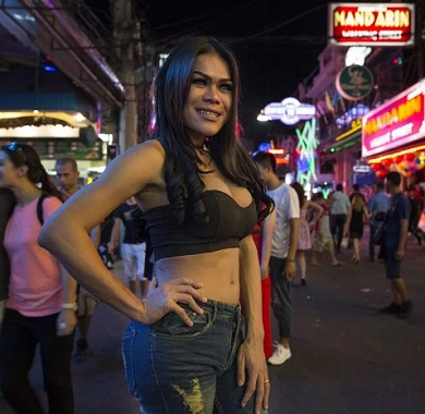 Thai Sex Worker Looking For Customers in Pattaya