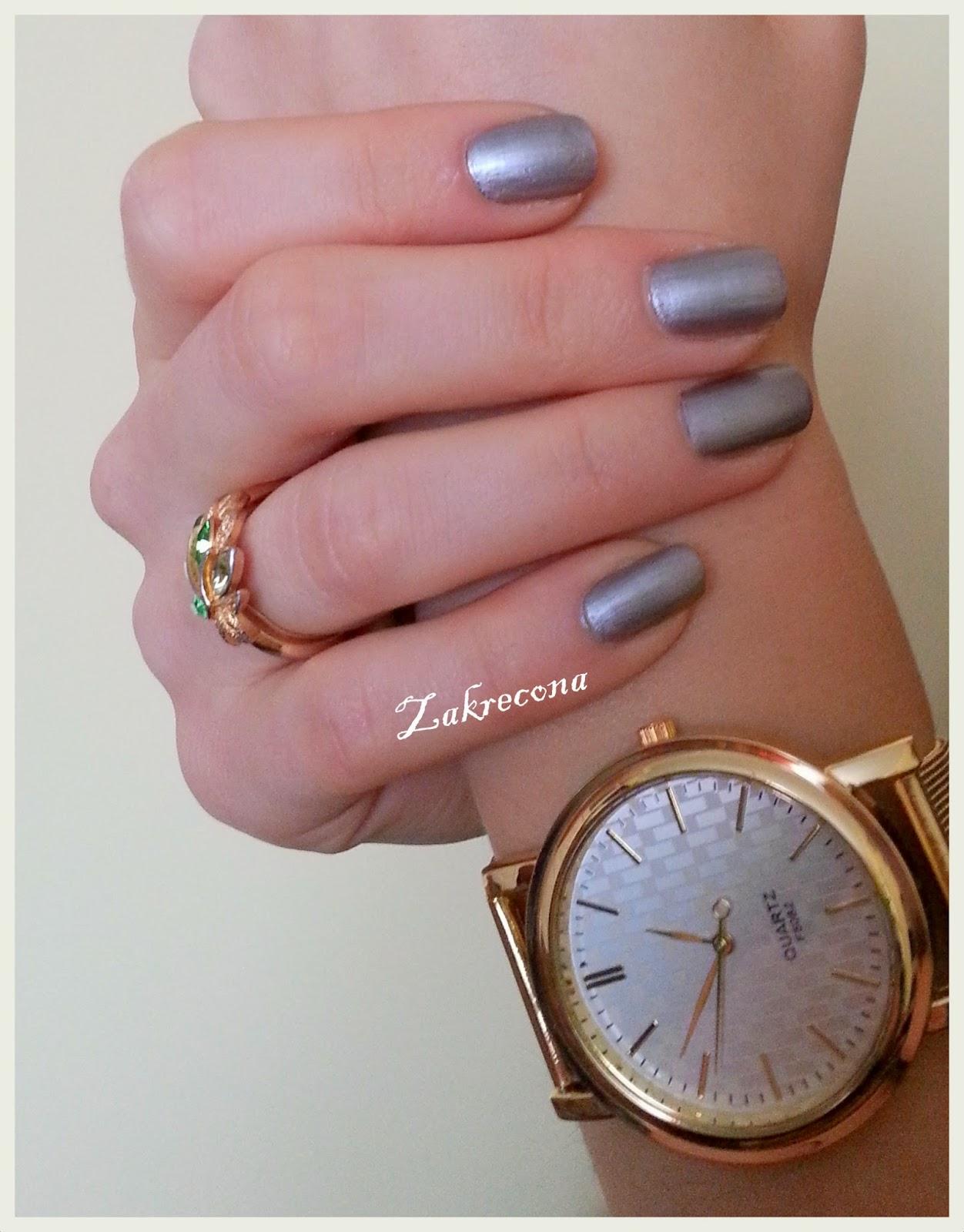 manicure paznokci
