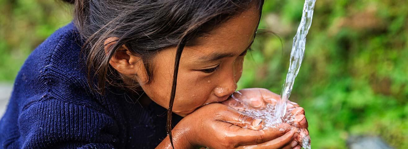 మనము త్రాగే నీరు ఎంతవరకు సురక్షితం ?? సురక్షితమైన నీటికోసం ఏమి చేయాలి - What is clean water and How to get real clean water ?