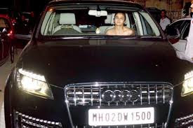 Alia Bhatt Audi Q7