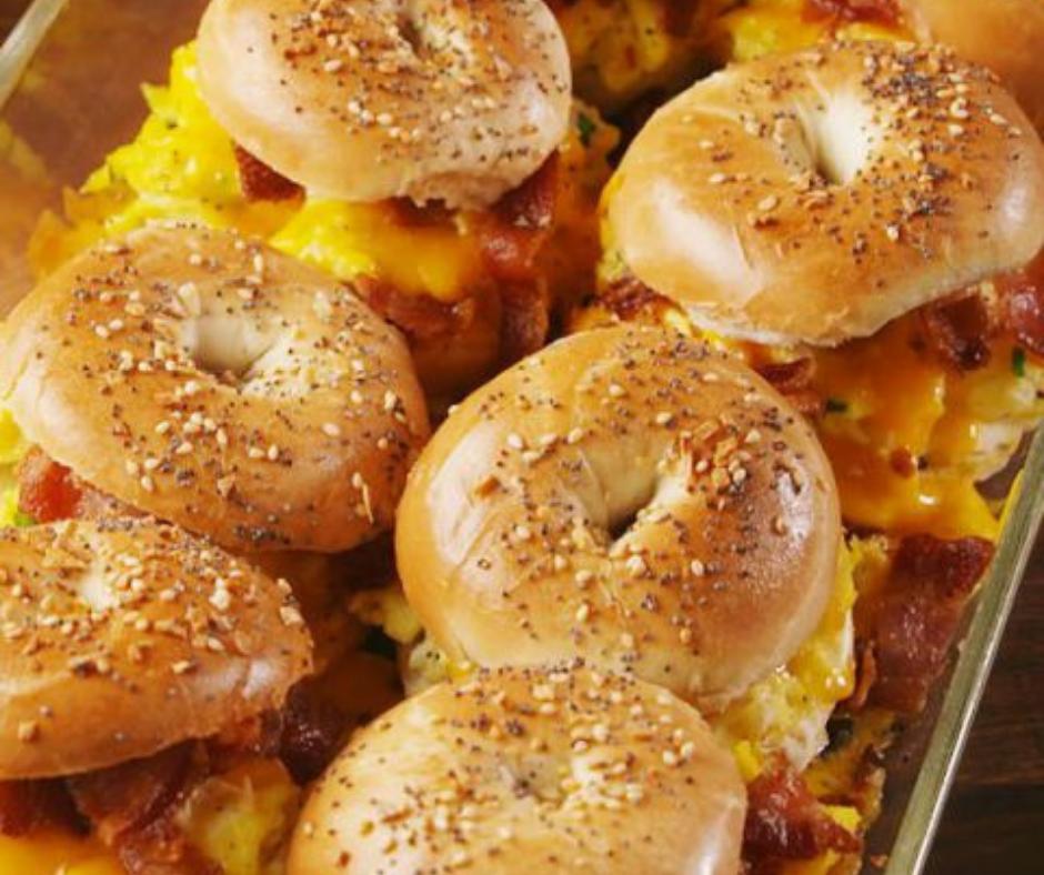 Bagel Breakfast Sliders - food-drink-recipes.com