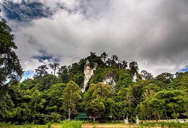 Gunung Putih Kalimantan Utara, Spot Komplit Dengan Goa Bawah Tanah