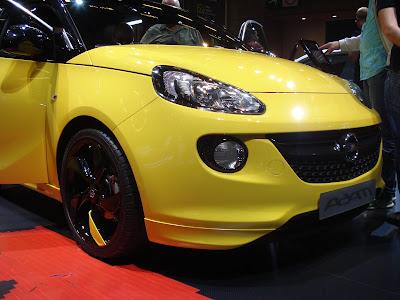 Opel Adam front