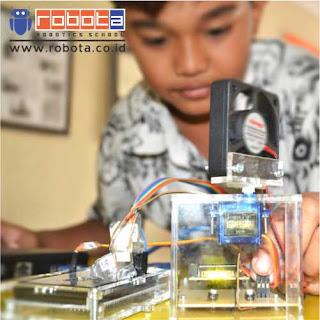 Bisnis Indonesia ROBOTA