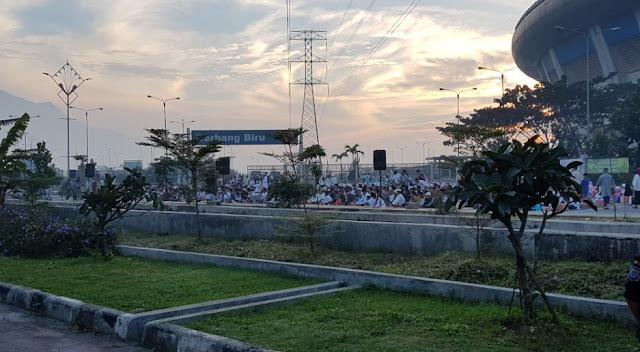 Shalat Idul Fitri di GBLA, Ridwan Kamil  Doakan Persib Juara