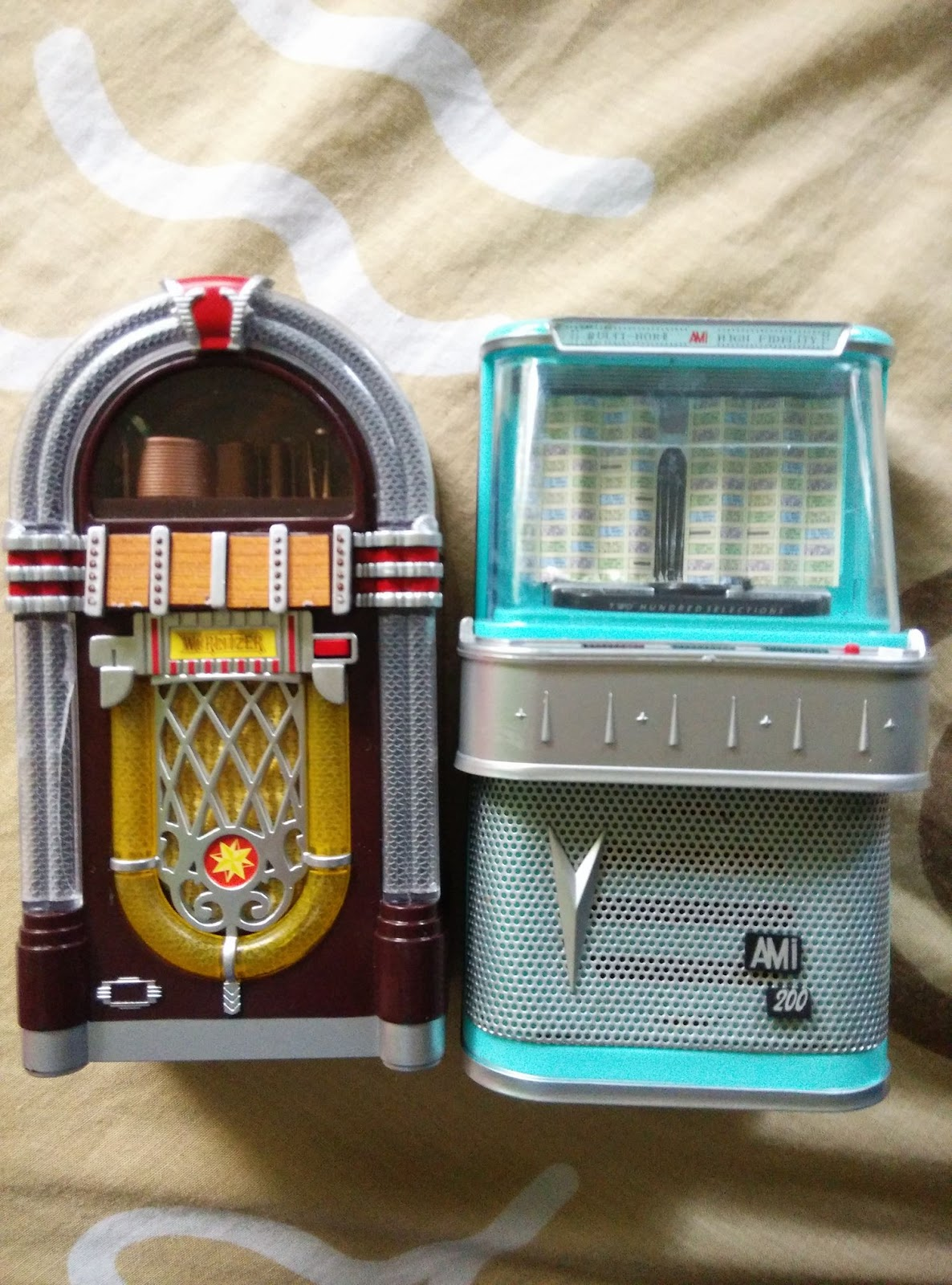 Jamie's Toy Blog: Miniature Jukeboxes