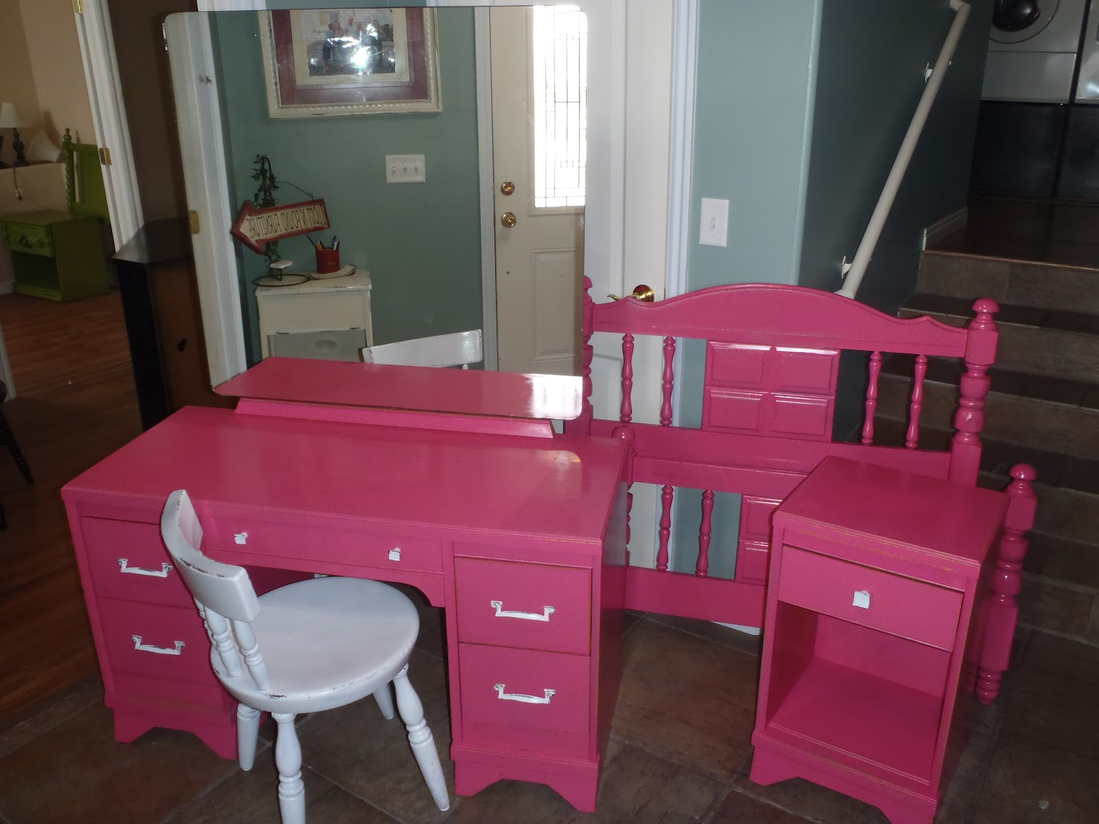 Wild Child Hot Pink Bedroom Set