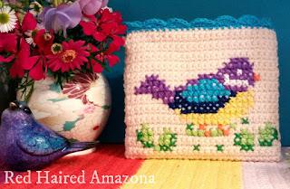 http://redhairedamazona.blogspot.com.au/2015/09/hey-there-shirley-bird-crochet-purse.html