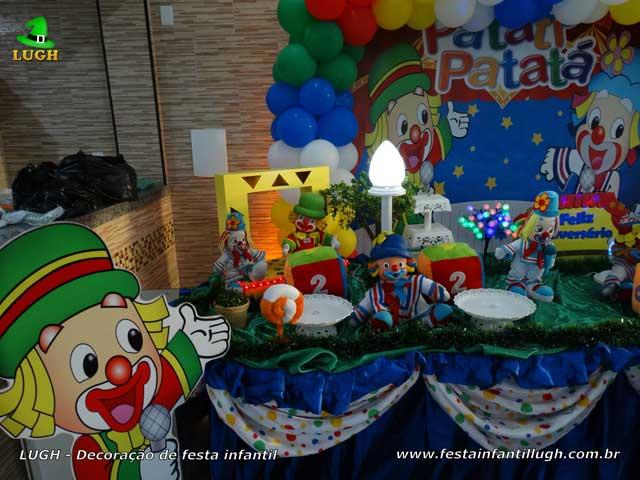Mesa luxo Patati Patatá para festa infantil