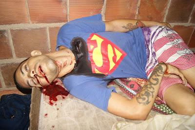 http://opingasangue.blogspot.com/2017/02/jovem-de-24-anos-e-morto-tiros-na-zona.html
