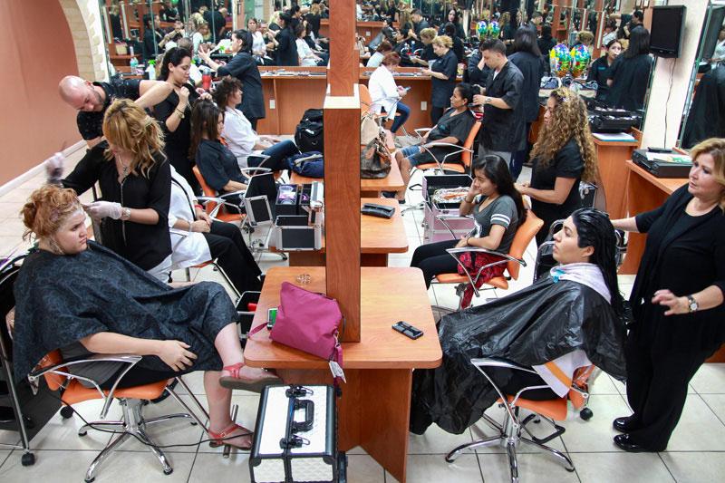 Felon wants job as Cosmetologist ~ Jobs for Felons: How felons can ...