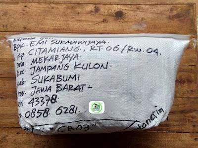 Benih Padi Pesanan  EMI SUKMAWIJAYA Sukabumi, Jabar.  Benih Sesudah di Packing