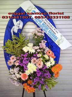 harga rangkaian karangan bunga standing flower duka cita