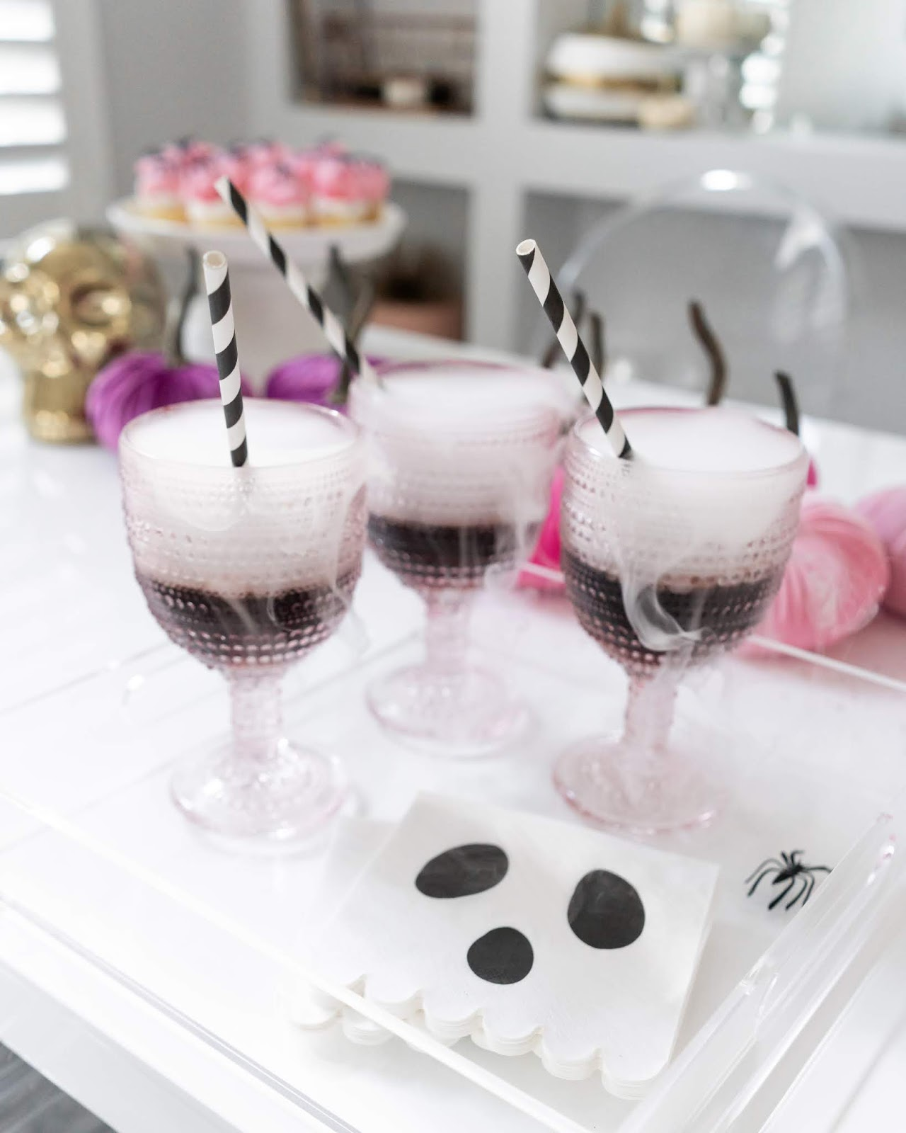 girly halloween party ideas: drinks