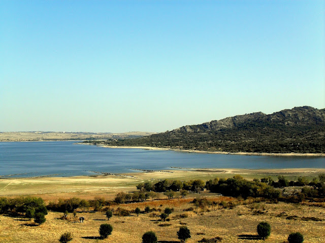 embalse en manzanares el real